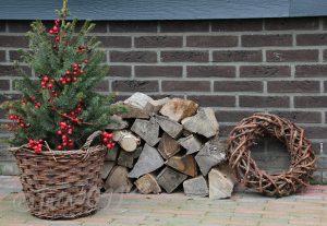 kerstboom-houtstapel