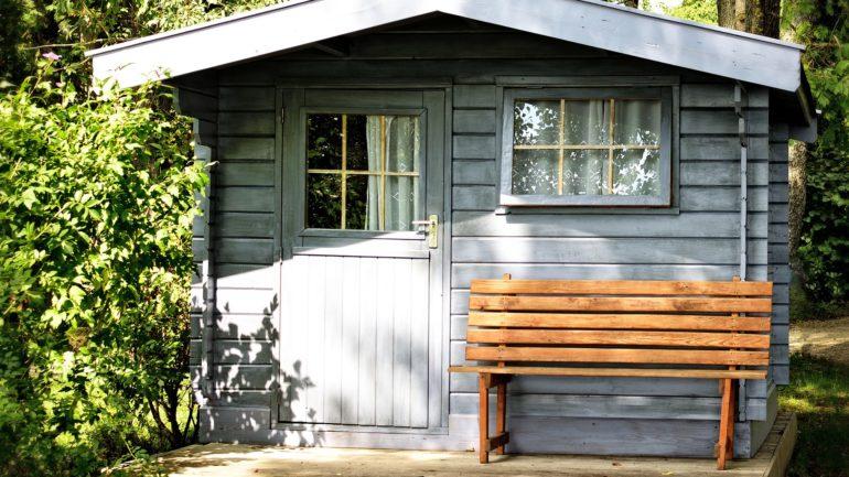 Bouw je tuinhuis om tot relaxed paradijsje