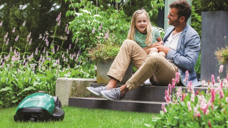 Praat jij ook al tegen je grasmaaier?
